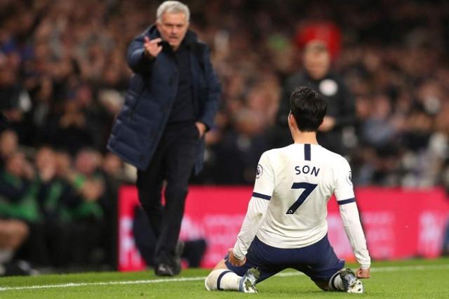Mourinho mund Guardiola-n dhe ngjitet në vend të parë