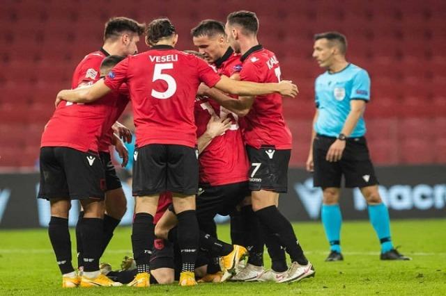 Shqipëria mund Kazakistanin dhe shpreson, vendi i parë është një fitore larg