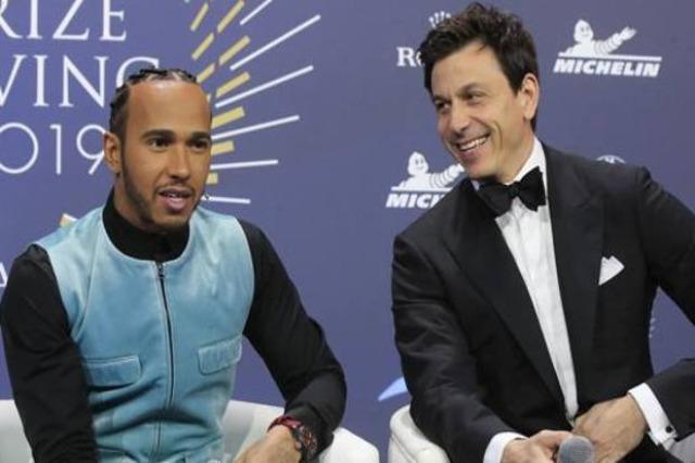 F1, Wolff mund Covid dhe synon të nënshkruajë me Hamilton