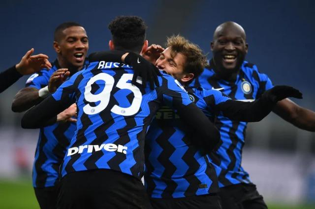 """Inter-Juve 2-0: Vidal e Barella show, Conte """"përqafon"""" Milanin"""