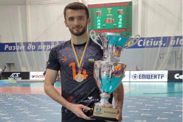 Anton Qafarena, tjetër trofe në Ukrainë