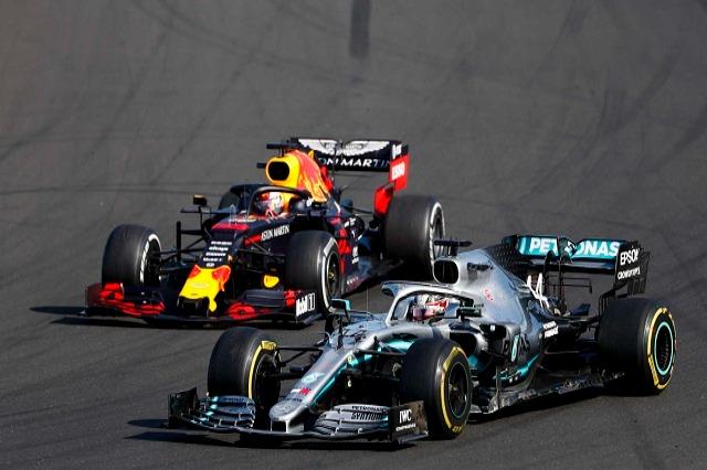 Mercedes dhe Red Bull do të luftojnë për titullin në Formula 1