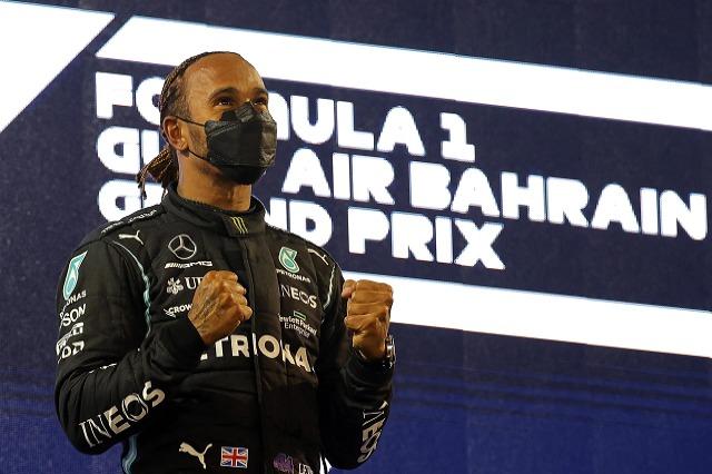F1, Hamilton: Kam më shumë impenjime se pilotët e tjerë