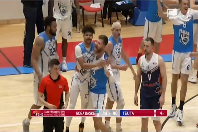 Basketboll Meshkuj/Teuta rrëmben Kupën