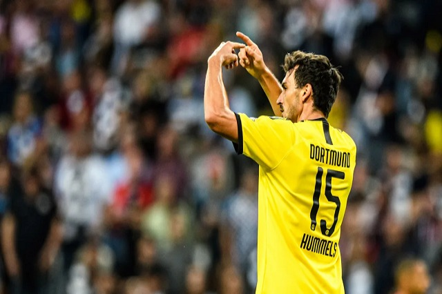 Bundesliga, Dortmund harroi Hummels në Këln