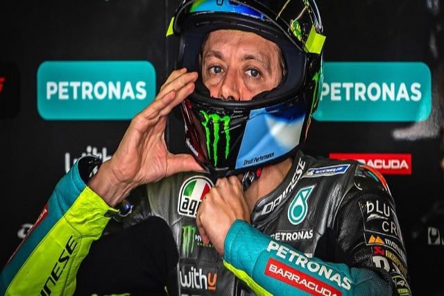 MotoGp, Rossi: Të shohim se çfarë do të bëj vitin e ardhshëm, varet nga rezultatet