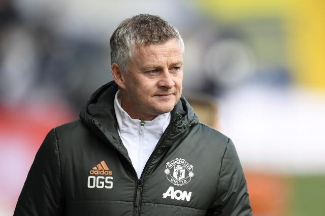 Manchester United, Solskjaer paralajmëron Romën
