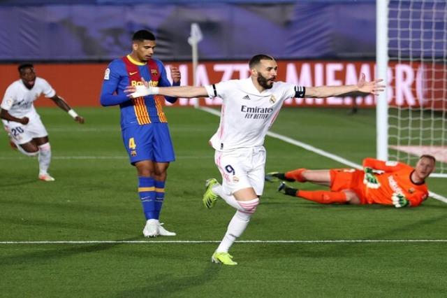 """Reali feston: mund Barçën, """"përqafon"""" Atletikon"""