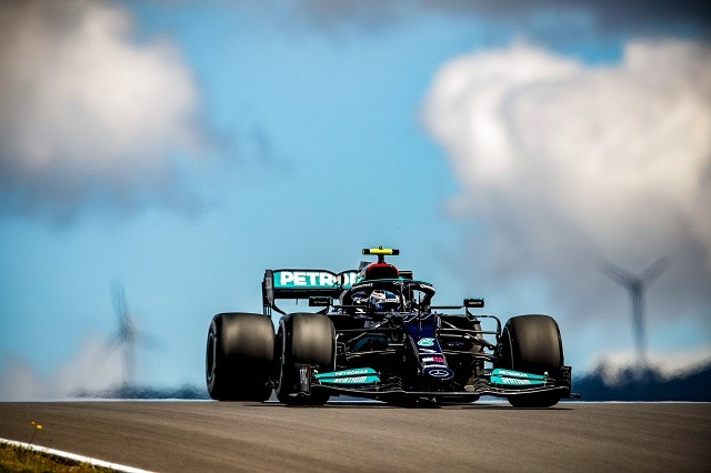 Verstappen e Hamilton… Bottas i surprizon të gjithë