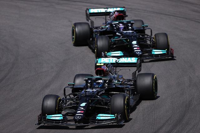 F1, Hamilton triumfon në Portugali: Garë e vështirë, fizikisht dhe mendërisht