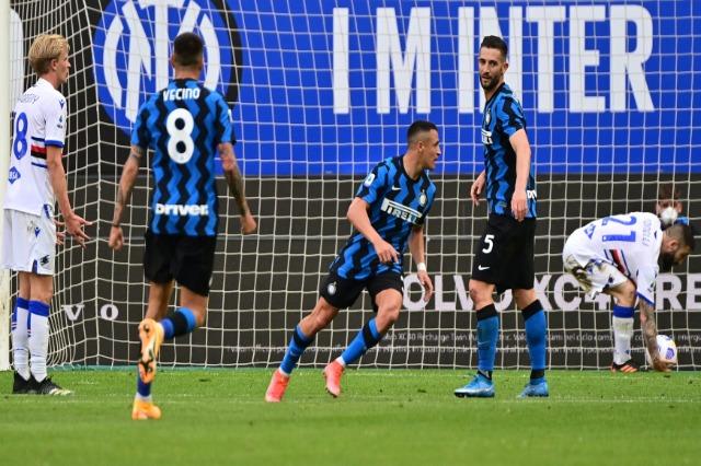 """Interi """"shkatërron"""" Sampdorian, pesë gola për të festuar titullin"""