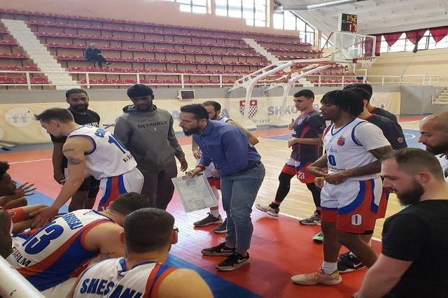 Basketboll Meshkuj/Vllaznia trondit Tiranën