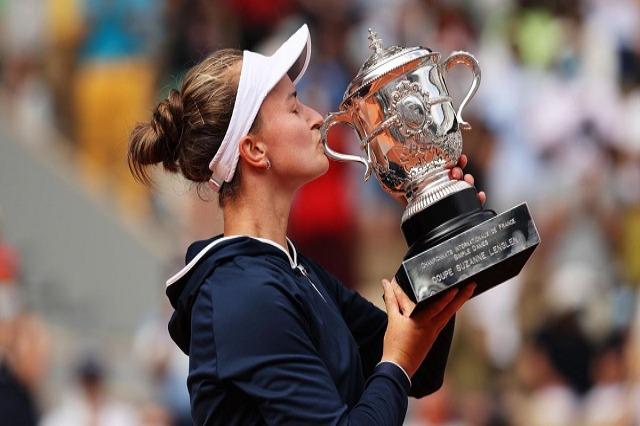 """Barbora Krejçikova, fituesja e """"Roland Garros"""""""