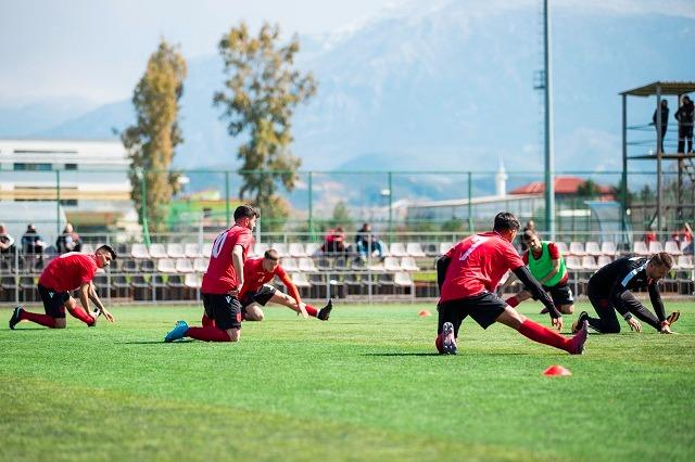 Kombëtarja U20, miqësore me Malin e Zi