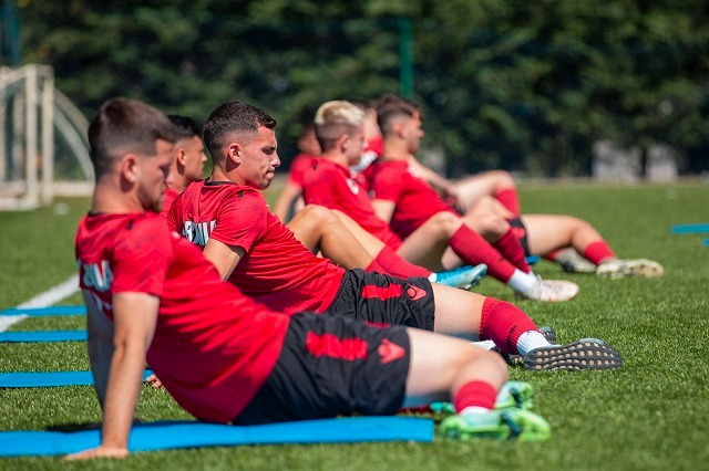 Kombëtarja U21, Çepele e Çelhaka braktisin grumbullimin