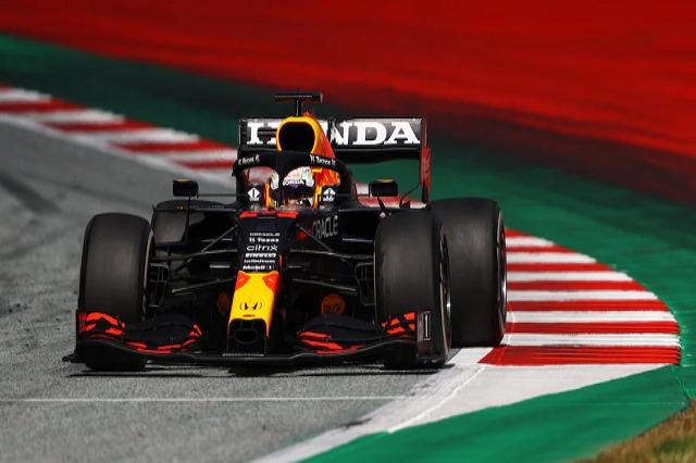 Formula 1, dominim i Vershtapen në Austri
