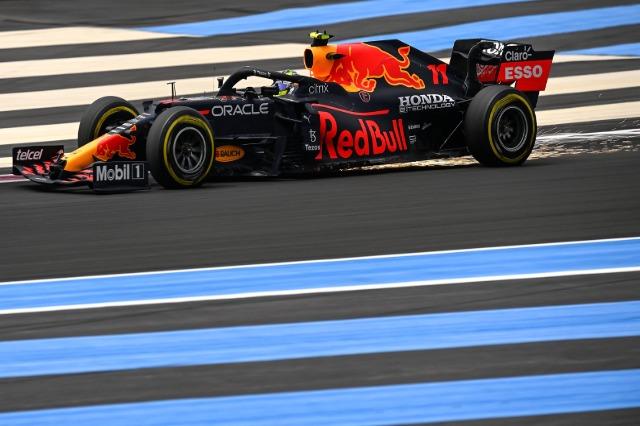 F1, Francë: Verstapen niset i pari, Hamilton e ndjek