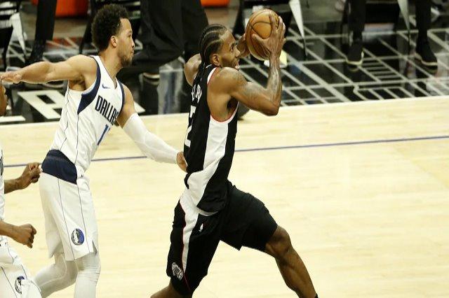 NBA, Clippers mposhtin Dallas me një Kawhi Leonard për rekord
