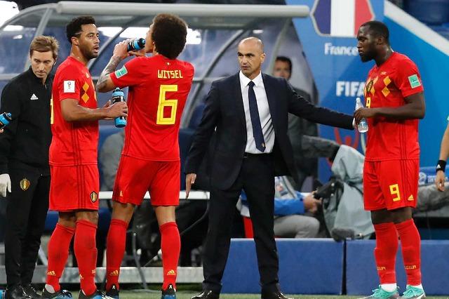 Belgjika, Roberto Martinez: Anglia, favorite