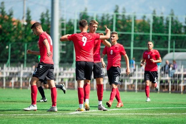 Shqipëria U19, dy miqësore me Kosovën