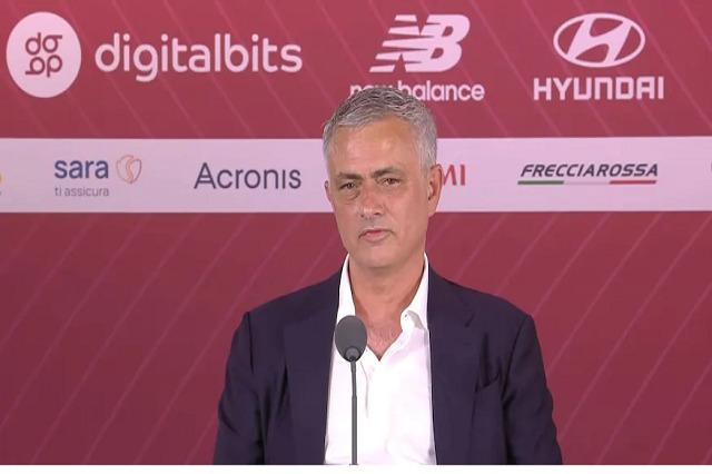 Mourinho: Muzika ime e preferuar? Himni i Romës