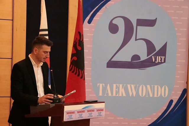 Endrit Hoxha, pjesë e Federatës Europiane