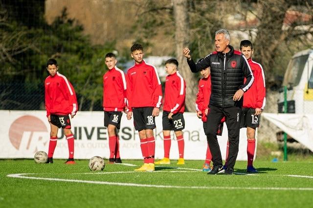 Shqipëria U15, dy miqësore me Malin e Zi