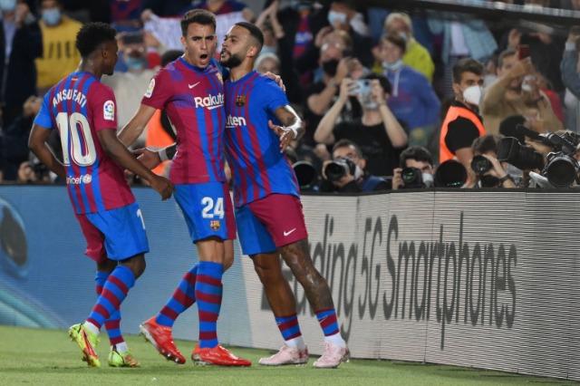 Barcelona përmbys Valencian me Fati, Depay e Coutinho