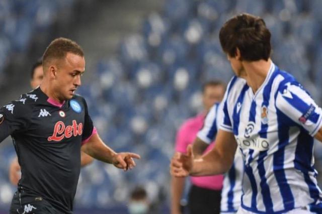 Napoli triumfon kundër Sociedad